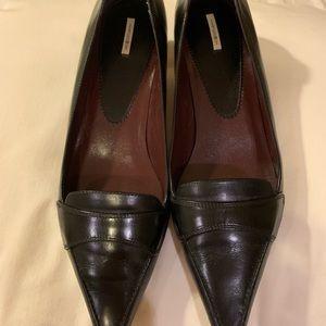 Black leather shoes size 8M